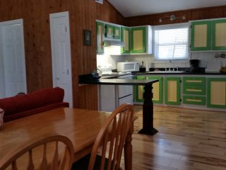 Soundside Home in Quiet Neighborhood Near Shopping - Kill Devil Hills vacation rentals