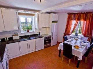 Light bright apartment overlooking stunning views. - Penela vacation rentals