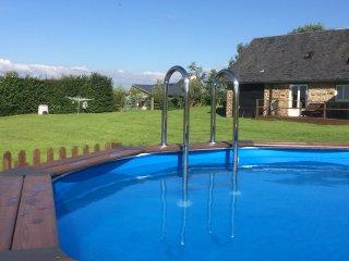 3 bed cottage with Pool nr Villedieu les Poeles - Villedieu-les-Poeles vacation rentals