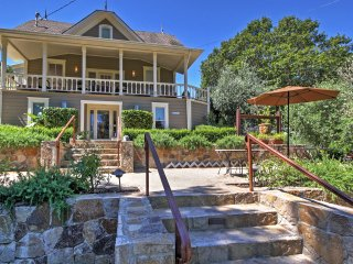 New Listing! Magnificent 7BR Calistoga House w/Wifi, Private Heated Pool, Hot Tub & Grill - Close Proximity to Napa Valley Wineries, Tours & Tastings! - Calistoga vacation rentals