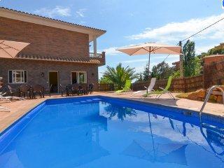 Chalet luxe avec piscine vue sur mer idéal jeunes - Lloret de Mar vacation rentals