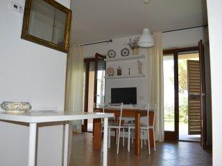 la Casetta holiday home, tra Roma ed il mare - Aranova vacation rentals