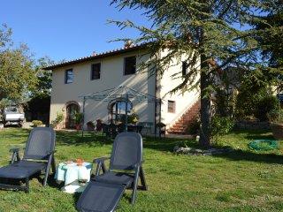 Villa con bellissimo panorama - Castiglione D'Orcia vacation rentals