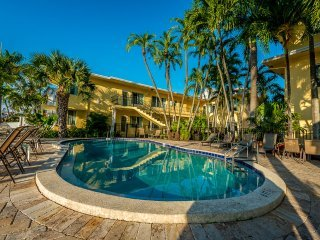 The Villas Las Olas 1 Stanard Bedroom Apartment - Fort Lauderdale vacation rentals