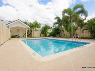 Jamaica Vacation Rentals - One bedroom, with pool Kingston - Saint Andrew Parish vacation rentals