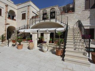 LANTANA - RESIDENCE BORGO ANTICO DISO - Diso vacation rentals