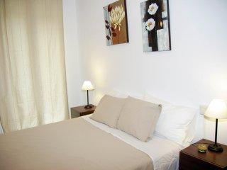 UBICACION PERFECTA,TERRAZA PRIVADA, 3 HABITACIONES - Barcelona vacation rentals