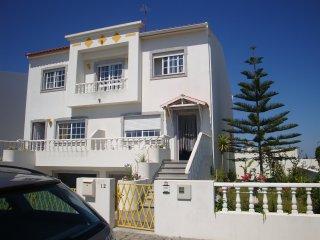 Cozy 3 bedroom Vacation Rental in Peniche - Peniche vacation rentals