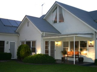 4 bedroom Resort with Internet Access in Queenscliff - Queenscliff vacation rentals