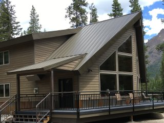 Creekside at Yellowstone, Year-Round Vacation Home - Silver Gate vacation rentals