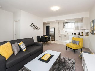 Romantic 1 bedroom Condo in West Leederville - West Leederville vacation rentals