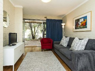 Lovely Shenton Park Condo rental with Internet Access - Shenton Park vacation rentals