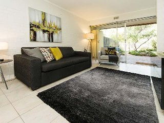 Nice Studio with Deck and Internet Access - Shenton Park vacation rentals