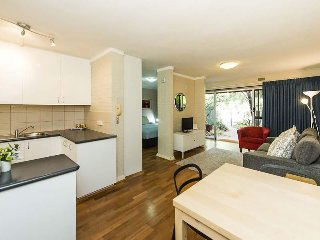 Lovely Shenton Park Studio rental with Internet Access - Shenton Park vacation rentals