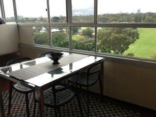 Convenient 2 bedroom Condo in Shenton Park - Shenton Park vacation rentals