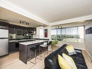 Cozy 2 bedroom Apartment in Shenton Park - Shenton Park vacation rentals