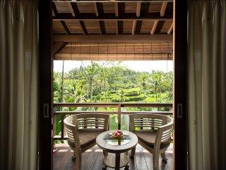 Pondok Sebatu Deluxe Room - 1 - Kenderan vacation rentals