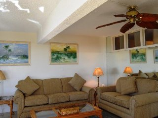 Casa Del Mar Resort - Right on the Beach ... A01 - Longboat Key vacation rentals