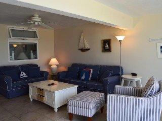 Casa Del Mar Resort - Right on the Beach ... A02 - Longboat Key vacation rentals