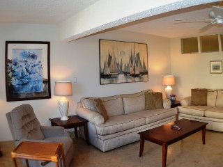 Cozy 2 bedroom Apartment in Longboat Key - Longboat Key vacation rentals