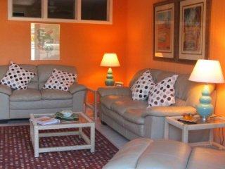 Casa Del Mar Resort - Courtyard View ... B10 - Longboat Key vacation rentals
