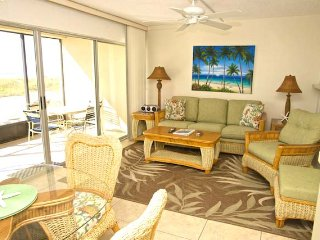 Casa Del Mar Resort - RIght on the Beach ... A03 - Longboat Key vacation rentals