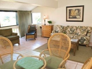 Casa Del Mar Resort - Courtyard View ... B17 - Longboat Key vacation rentals