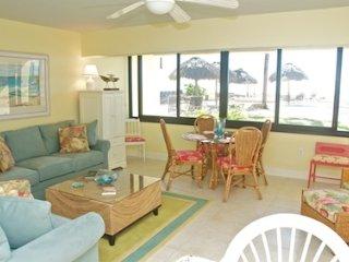 Casa Del Mar Resort - Poolside ... C02 - Longboat Key vacation rentals
