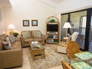 Casa Del Mar Resort - Poolside ... C12 - Longboat Key vacation rentals