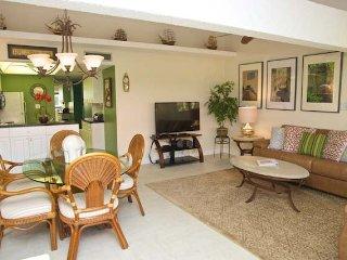 Casa Del Mar Resort - Courtyard View ... D12 - Longboat Key vacation rentals