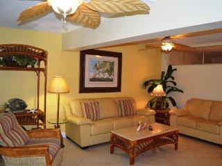 Casa Del Mar Resort - Right on the Beach ... E05 - Longboat Key vacation rentals