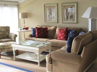 Casa Del Mar Resort - RIght on the Beach ... E09 - Longboat Key vacation rentals