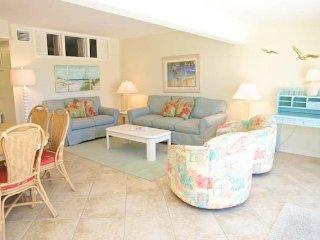 Casa Del Mar Resort - Right on the Beach ... A08 - Longboat Key vacation rentals