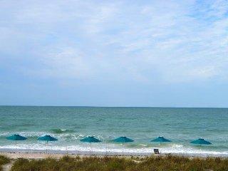 Casa Del Mar Resort - Right on the Beach ... E14 - Longboat Key vacation rentals