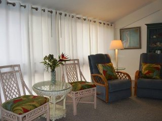 Casa Del Mar Resort - Courtyard View ... F15 - Longboat Key vacation rentals