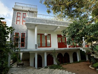 Convenient 3 bedroom House in Kandy with Microwave - Kandy vacation rentals