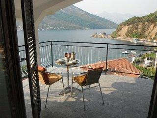 2 apartments on the coast road sleep8+ near Tivat - Donja Lastva vacation rentals