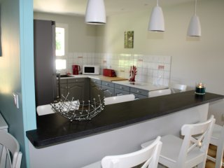 Vacances à la Campagne, Professionnels, curistes - Saint Martial de Mirambeau vacation rentals