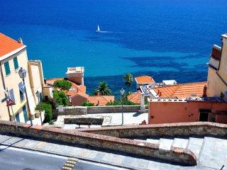 Casa Mira Parasio, a true ligurian experience - Imperia vacation rentals