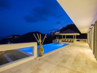 Ocean Penthouse Koh Samui Couple Escape - Chaweng vacation rentals
