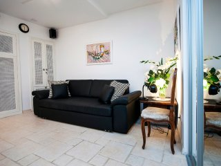 Apartment ART for 2-4 persons in hearth of Rovinj - Rovinj vacation rentals