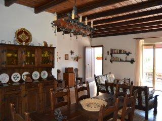 Villa ai piedi dell'Etna -  EtnaFamilyHouse - Pedara vacation rentals