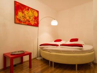 Vienna Budget Apartment Mariahilf 11 - Vienna vacation rentals