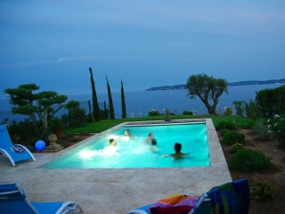 Villa CENTRAL - PANORAMIC SEA VIEWS - HEATED pool. - Saint-Maxime vacation rentals