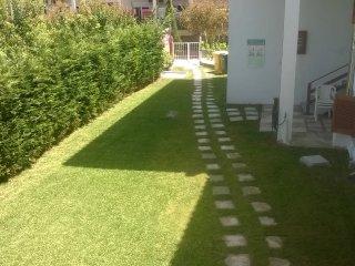 Bright 5 bedroom Villa in Polichrono - Polichrono vacation rentals