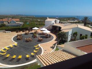 Apartamento frente praia Belixe, Max. 4 pessoas - Sagres vacation rentals