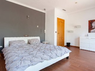 Charmantes Doppelzimmer mit Terasse - San Fulgencio vacation rentals