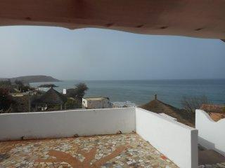 Plage à 20m, piscine écolo, vue panoramique océan - Popenguine vacation rentals