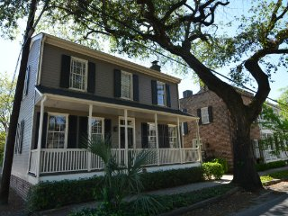 DD Williams House of Historic Savannah SVR00476 - Savannah vacation rentals