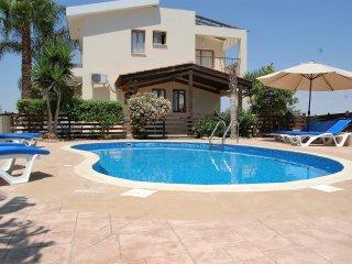 4 bedroom Villa with Internet Access in Ayia Napa - Ayia Napa vacation rentals